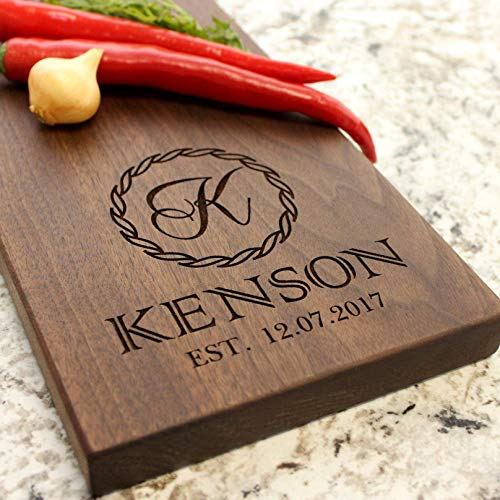 Streamer Garland Name Personalized Cheese Board - Engraved Cheese Board - Engraved Cheese Plate, Wedding Gift, Housewarming Gift, Anniversary Gift, Engagement W-018 GB -