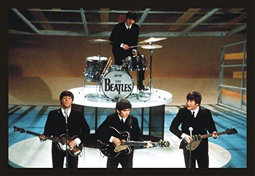 The Beatles, John Lennon, Paul McCartney, George Harrison, Ringo Starr, Music, Souvenir Magnet 2 x 3 Fridge - Lennon John Airport