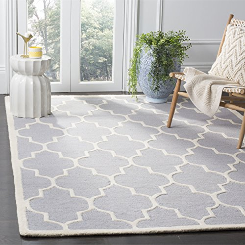 Safavieh Cambridge Collection CAM134D Handmade Moroccan Geometric Silver and Ivory Premium Wool Area Rug (8′ x 10′)