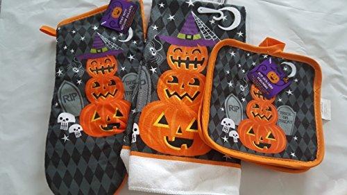 Greenbrier International Halloween Oven mitt, Kitchen Towel, and Pot Holders (Black)]()