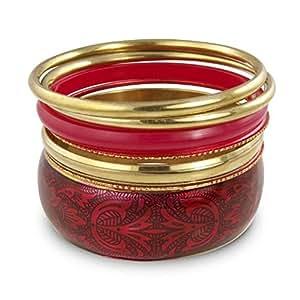Conjunto de brazaletes rojo y dorado.