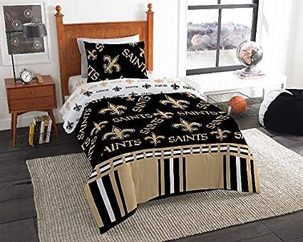 b56e03680704 Amazon.com  New Orleans Saints NFL Twin Comforter   Sheet Set (4 ...