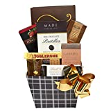 A Sweet Holiday Day Gift Basket of Gourmet Treats & Snacks