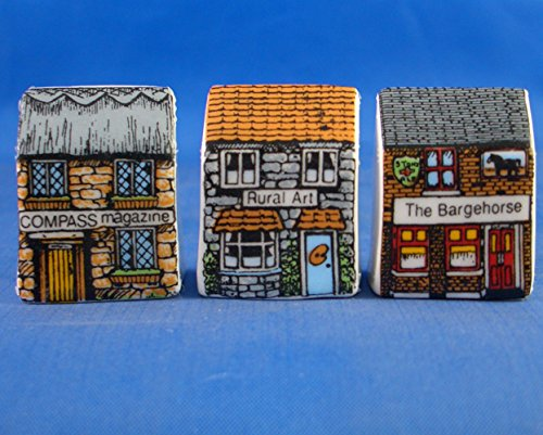 Porcellana cinese miniature House ditali set di tre –  Village Birchcroft China