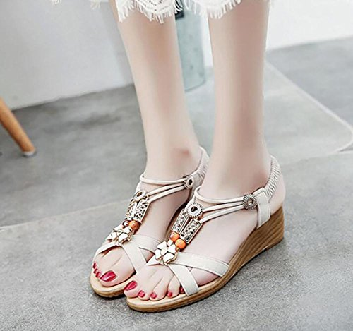 Verano 2017 nueva pendiente con sandalias abierta dedo en el piso con zapatos salvajes 1