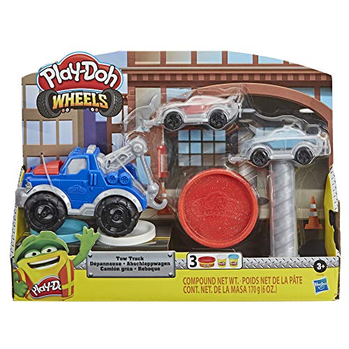 Play-Doh Wheels Tow Truck Toy for Kids 3 Years and Up with 3 Non-Toxic Colors