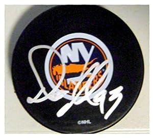 Autograph Warehouse 244357 Doug Weight Autographed Hockey Puck - New York Islanders SC