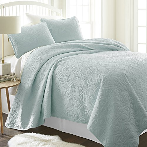Simply Soft Quilted Coverlet Set Damask Patterned, Twin/Twin X-Large, Pale (Blue Damask)