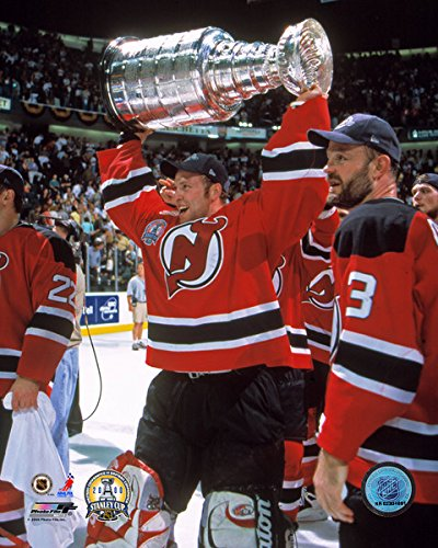 Amazon.com   Martin Brodeur New Jersey Devils Stanley Cup Photo ... 2abbce38468
