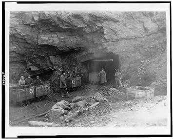 Foto: mineros, entrada, mina de carbón, trabajadores, industria ...