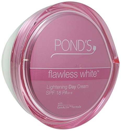 Pond's Flawless White Visible Lightening Day Cream 50g