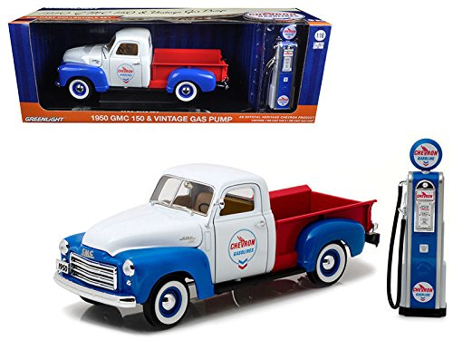 New 1:18 GREENLIGHT COLLECTION - 1950 GMC 150 CHEVRON VINTAGE CHEVRON GAS PUMP Diecast Model Car By Greenlight