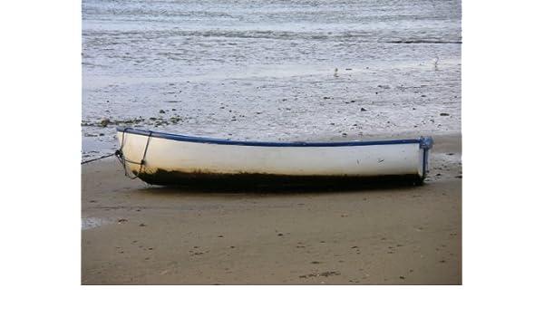 Barco de varada en un día otoñal de viento grande A2 tamaño fotografía: Amazon.es: Hogar