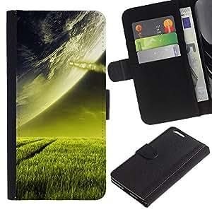 KLONGSHOP // Tirón de la caja Cartera de cuero con ranuras para tarjetas - Extranjero de espacio Planet Green Grass Arte Cosmos - Apple Iphone 6 PLUS 5.5 //