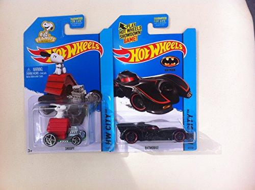 Hot Wheels HW CITY Batmobile & Snoopy