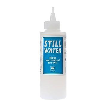 Vallejo 26230. Agua artificial. 200 ml. Producto acrílico a base de agua, formulado para crear ríos, lagos y océanos en maquetas y dioramas.