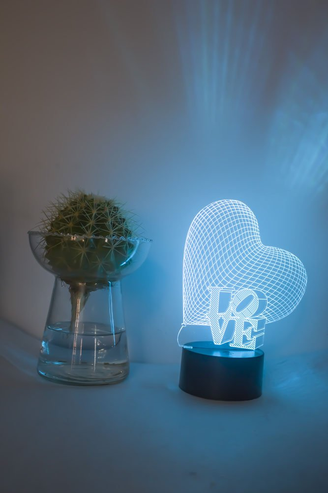 Loveboat USB Powered 7 Colors Amazing Optical Illusion 3D Glow LED Lamp Art Sculpture Lights Produces Unique Lighting Effects and 3D Visualization for Home Decor (LOVE) by Loveboat (Image #3)