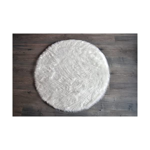 Machine Washable Faux Sheepskin White Rug 42″ Round – Soft and silky – Perfect for baby's room, nursery, playroom – Fake fur area rug (42″ round white)