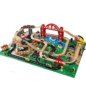 Amazon.com: Kidkraft Metropolis Train Set with Roll-Up Felt Play Mat ...