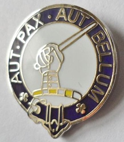 gunn-aux-pax-aut-bellum-scottish-clan-name-crest-enamel-and-metal-pin-badge