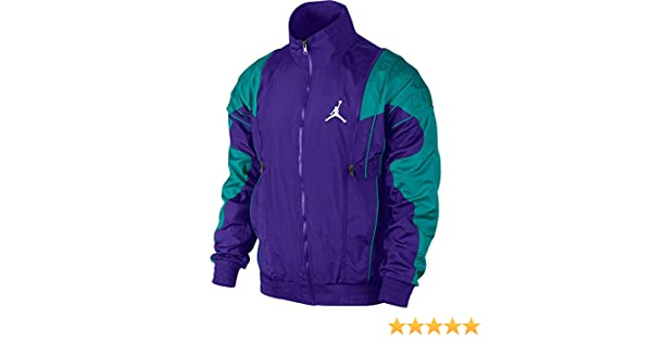 e9f28d325077fc Amazon.com  Jordan V Archive Men s Jacket Grape Ice New Emerald 519609-560 ( Size XL)  Sports   Outdoors