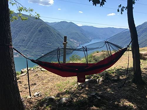 Hammock – Large with Integrated Mosquito Netting, Interior Hoop for Torch lamp, high-Strength Tree Straps, carabiners and Integrated Stuff-Sack.