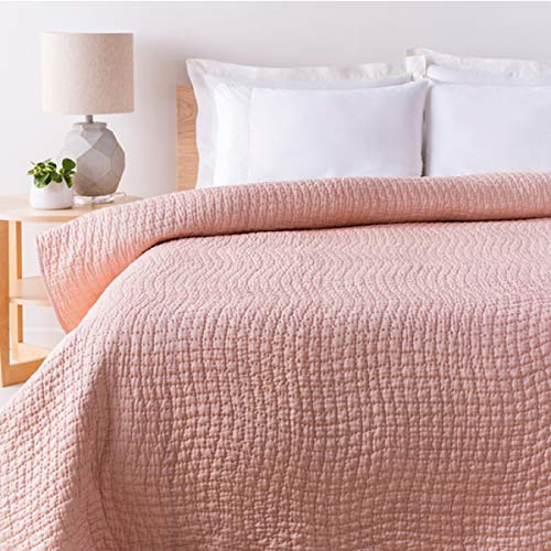 Diva At Home Sweet Dreams Bashful Pink Full/Queen Quilt with Small Square Quilted Pattern