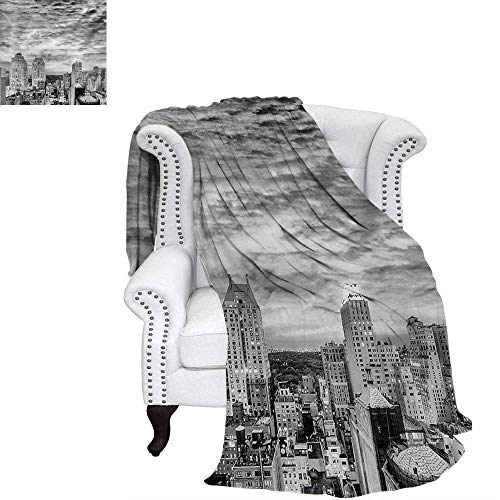 Black and White Oversized Travel Throw Cover Blanket Skyline Rooftop View of New York in Cloudy Day Panoramic Bust Cityscape Super Soft Lightweight Blanket 50