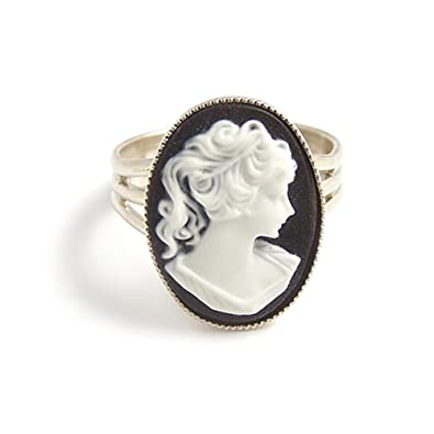 LunarraStar Black and white Victorian cameo ring - Adjustable silver gothic 9IWIyxyW3