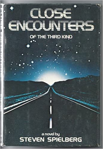 Close encounters of the third kind a novel steven spielberg close encounters of the third kind a novel steven spielberg 9780440013730 amazon books fandeluxe Document