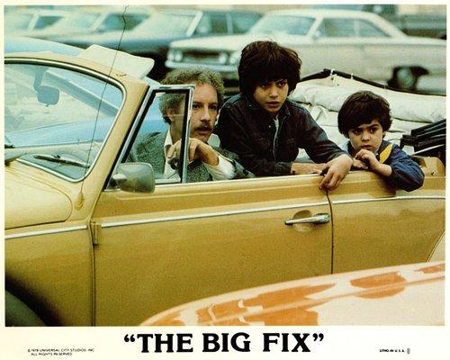the-big-fix-original-lobby-card-richard-dreyfus-drives-volkswagen-beetle-convert