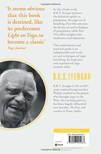 Light on Pranayama: B K S Iyengar: 9780007921287: Amazon.com ...