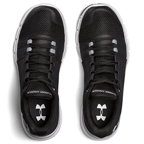 Under Armour Ua Strive 7, Zapatillas Deportivas para Interior para Hombre Negro (Black)