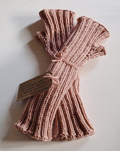 Manicotti da donna rosa cipria in pura lana vergine con delicati fili di  lamè 7aa707d9cb3f
