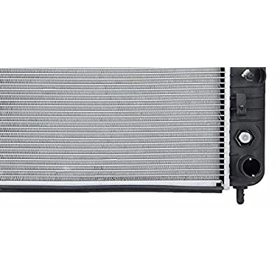 APFD Radiator For Chevrolet Silverado 2500 HD GMC Sierra 1500 2423: Automotive