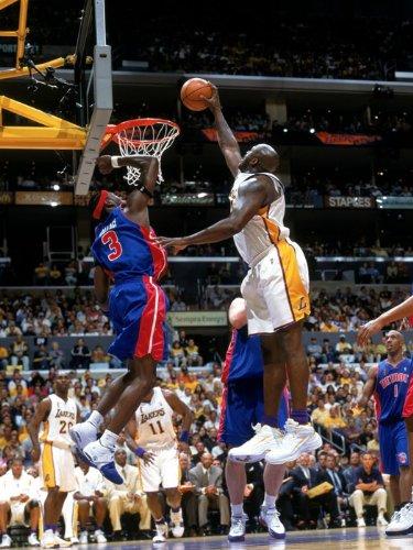 Ben Wallace Block Shaquille O'Neal NBA Print Poster