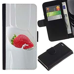 LASTONE PHONE CASE / Lujo Billetera de Cuero Caso del tirón Titular de la tarjeta Flip Carcasa Funda para Apple Iphone 4 / 4S / Strawberry Cream Sweet Dessert Berries