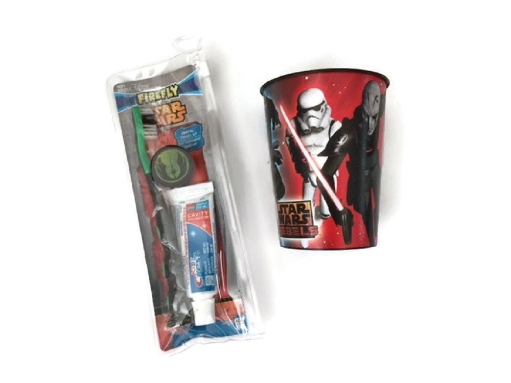 Star Wars Toothbrush Bundle Cup Toothpaste Brush Holder Kids Crest Cavity Fighting Flouride Yoda