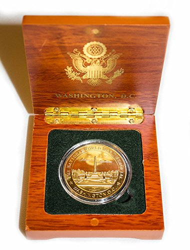President Souvenirs National World War II Memorial Collector's Coin in Wood Box - Gold