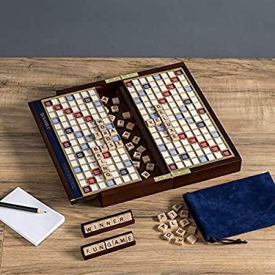 Scrabble Deluxe Travel Edition: Toys & Games