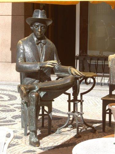 Poemas de Álvaro de Campos [Annotated] (Clássicos da Literatura Brasileira Adaptados à Reforma Ortográfica Livro 34)