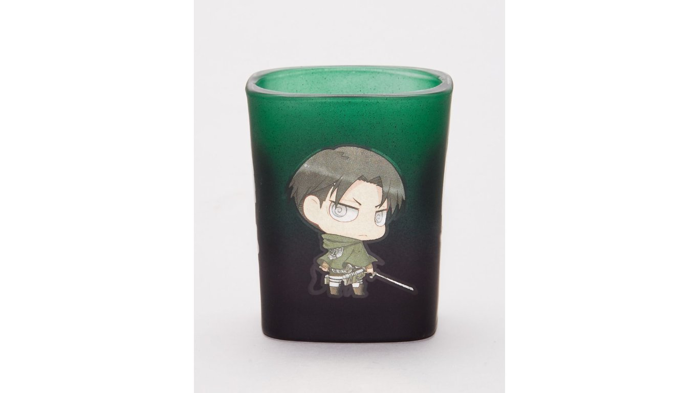 1 5oz Attack On Titan Official Square Shot Glass With Eren Mikasa Armin And Levi Amazon In Home Kitchen