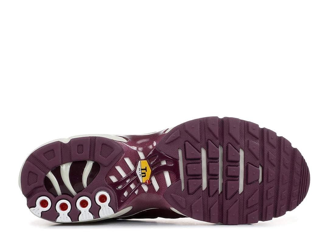 huge discount 9cb04 01d7f Amazon.com   Nike Air Max Plus - Women s Bordeaux Bordeaux Summit White  Nylon Running Shoes   Road Running