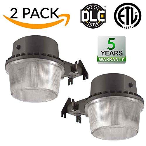 35W Dusk-to-dawn LED Outdoor Barn Light, 250W
