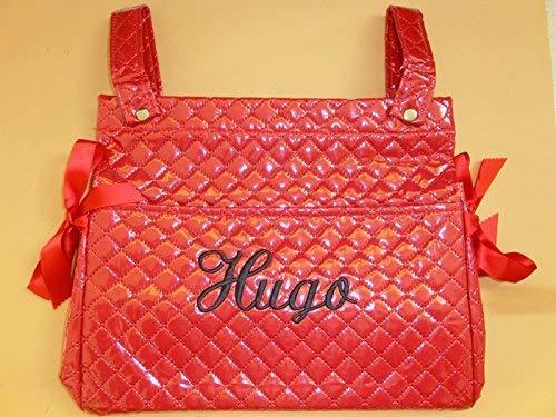 Bolso talega plastificado personalizado con nombre bordado (nombre a elegir). Se adapta a cualquier silla o carro de bebe. Color rojo.