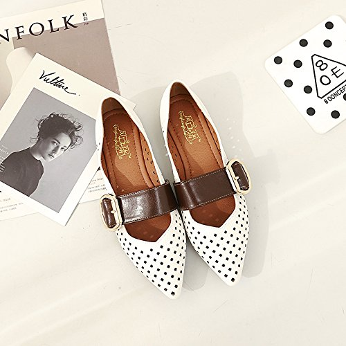Xue Qiqi Zapatos de la Corte Sandalias acentuadas Fondo Plano Lateral Vacío Hueco Zapatos Planos Femeninos con Agujeros Zapatos Femeninos, 38, Blanco