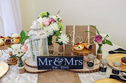 Mr & Mrs Sign – Newlywed Wedding Gift (LARGE)