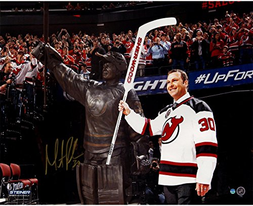 Jersey Retirement Night 16x20 Photo (Martin Brodeur Signed Wide Angle Retirement Night With Statue 16x20 Photo)
