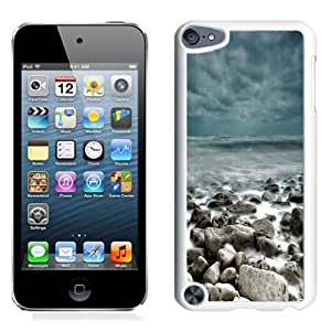 NEW Unique Custom Designed iPod Touch 5 Phone Case With Rough Sea Rocks Waves Lockscreen_White Phone Case