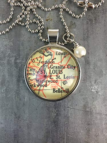 Leonid Meteor Shower Map Pendant Necklace Dome Glass Ornaments, Gifts for her, St. Louis Missouri